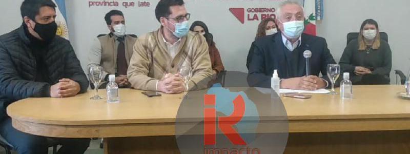 El Gobierno brindó conferencia de prensa por el hallazgo de nuevas cepas de coronavirus